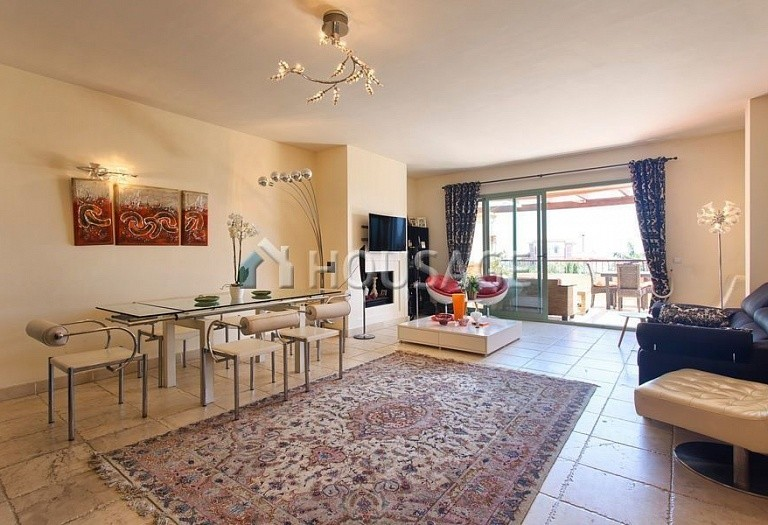Flat for sale in Los Flamingos, Benahavis, Spain, 300 m² - photo 3