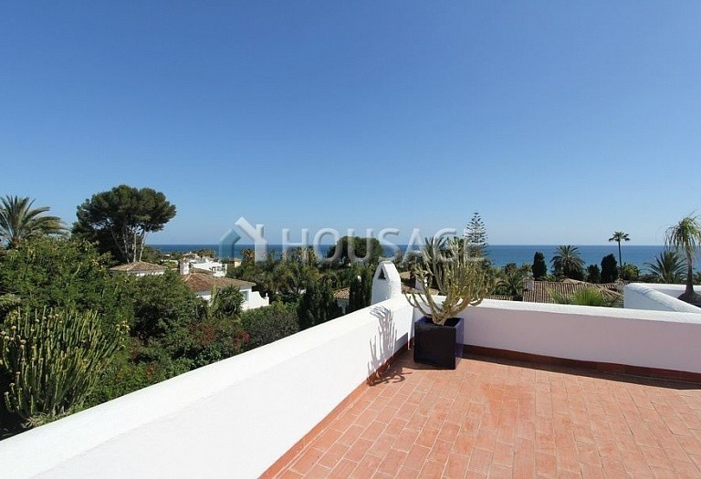Villa for sale in Los Monteros, Marbella, Spain, 494 m² - photo 17