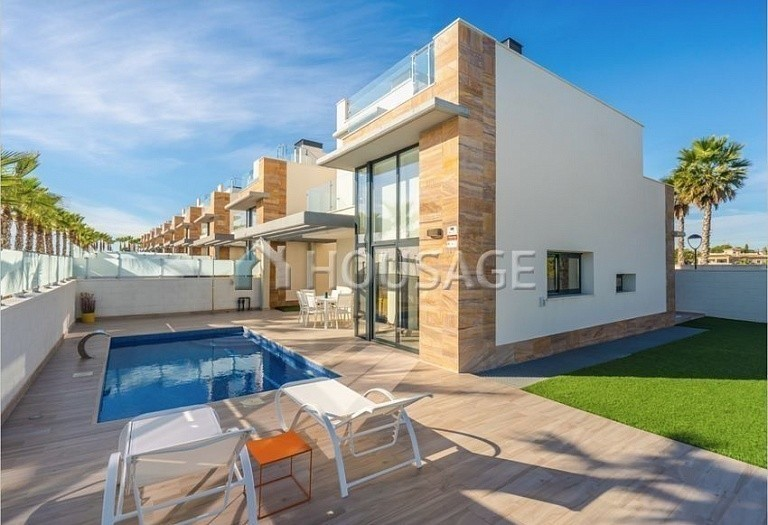 3 bed villa for sale in Orihuela, Spain, 167 m² - photo 1