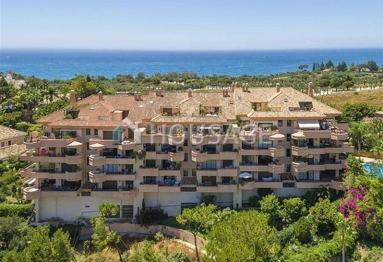 Flat for sale in Rio Real, Marbella, Spain, 300 m² - photo 1