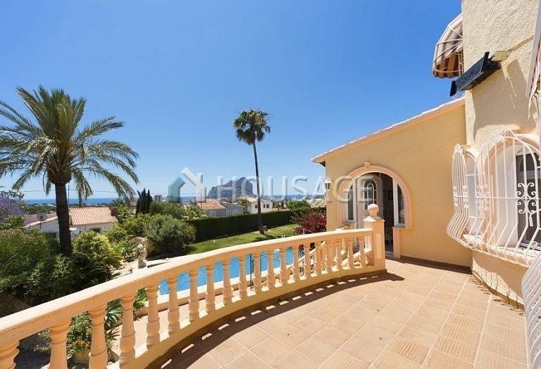 5 bed villa for sale in Calpe, Spain, 267 m² - photo 2