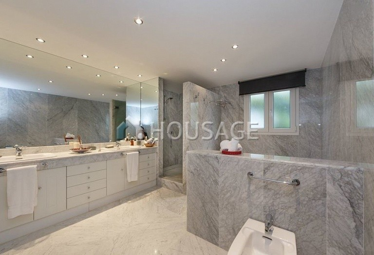 Flat for sale in Puerto Banus, Marbella, Spain, 431 m² - photo 10