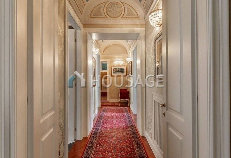 3 bed flat for sale in Rome, Italy, 200 m² - photo 11