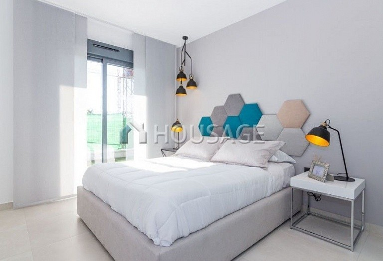 3 bed apartment for sale in Guardamar del Segura, Spain, 96 m² - photo 4