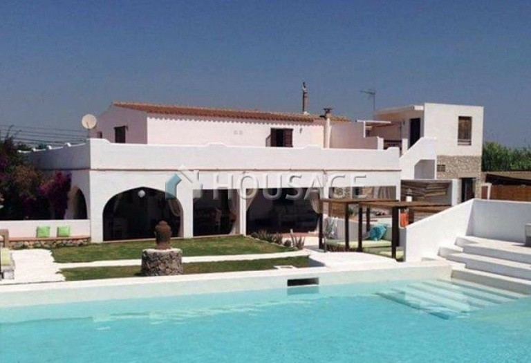 7 bed house for sale in Santa Eulalia del Rio, Spain, 680 m² - photo 2