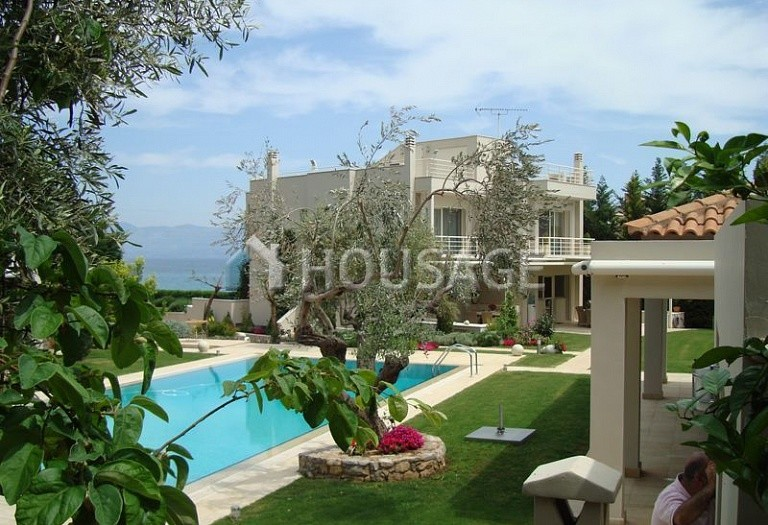 8 bed villa for sale in Drosia, Euboea, Greece, 435 m² - photo 1