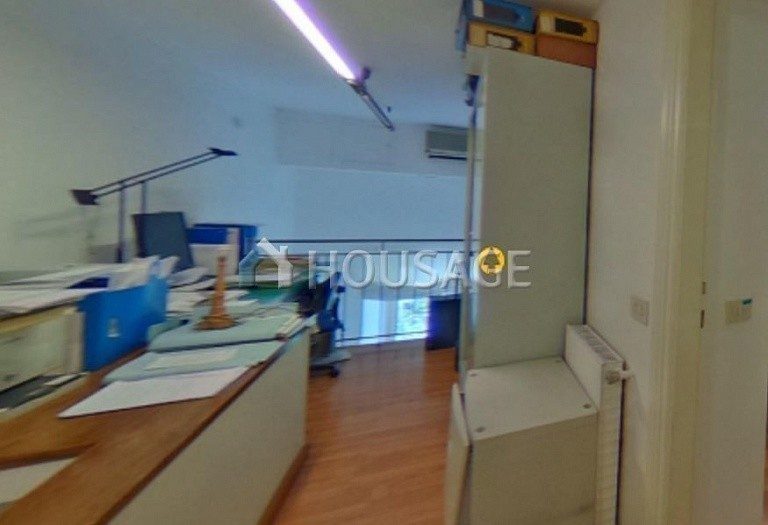 2 bed commercial property for sale in Rome, Italy, 106 m² - photo 2