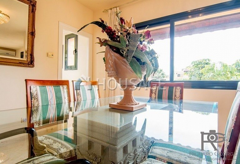 Flat for sale in Atalaya, Estepona, Spain, 300 m² - photo 10