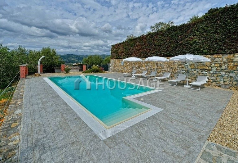 6 bed villa for sale in Diano Marina, Italy, 350 m² - photo 17