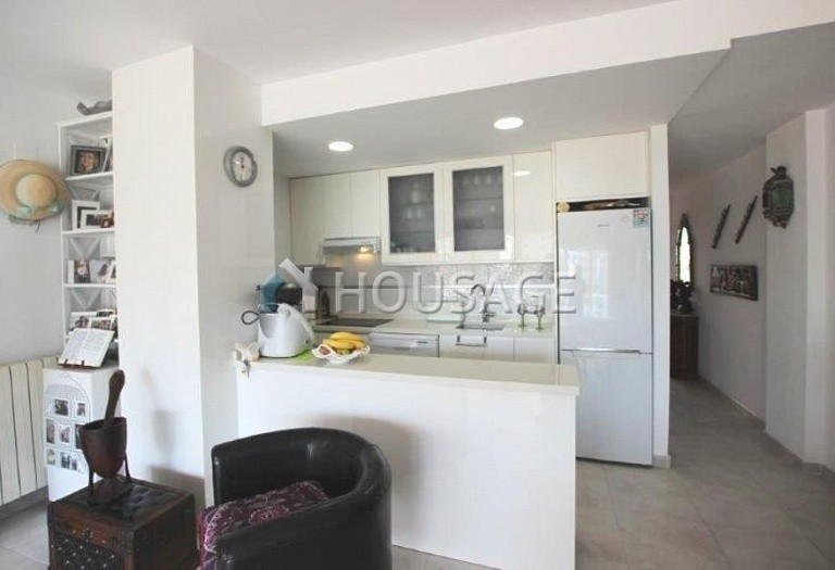 1 bed apartment for sale in Albir, Spain, 76 m² - photo 3