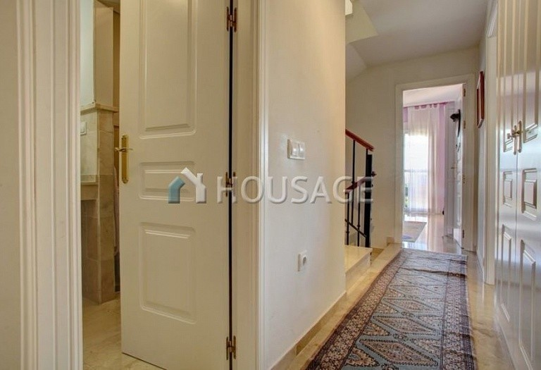 Townhouse for sale in Nagueles, Marbella, Spain, 475 m² - photo 13
