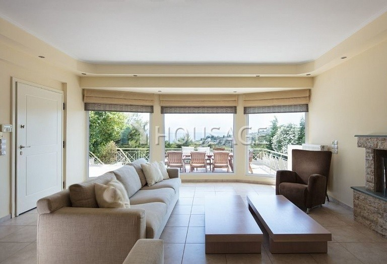3 bed villa for sale in Athens, Greece, 250 m² - photo 3