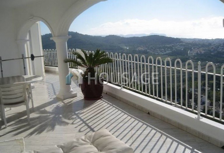 2 bed villa for sale in Calpe, Calpe, Spain, 303 m² - photo 2