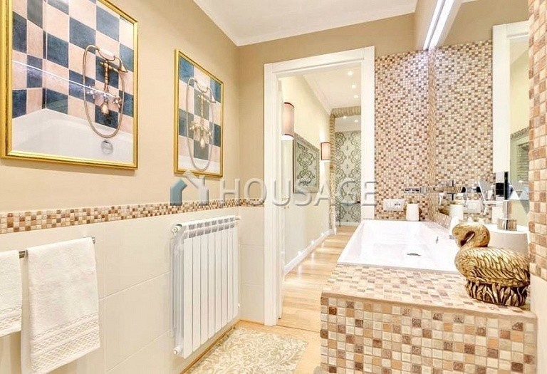 2 bed flat for sale in Rome, Italy, 110 m² - photo 13