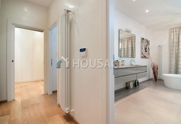 6 bed flat for sale in Rome, Italy, 440 m² - photo 3