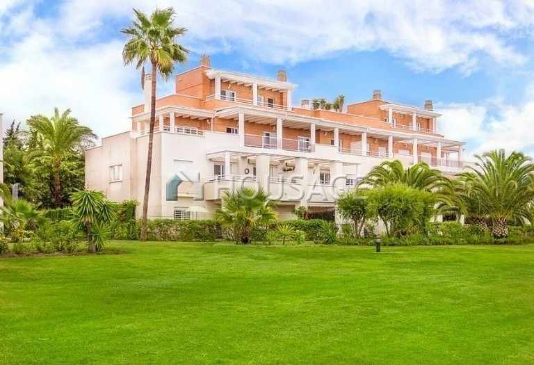 Flat for sale in Estepona, Spain, 156 m² - photo 8