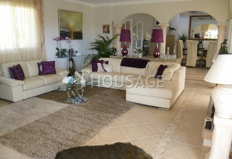 Villa for sale in El Rosario, Marbella, Spain, 311 m² - photo 6