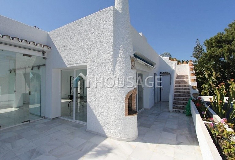 Villa for sale in Los Monteros, Marbella, Spain, 494 m² - photo 15