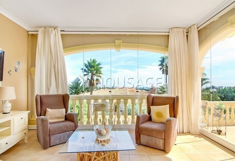 3 bed villa for sale in Calpe, Spain, 300 m² - photo 3