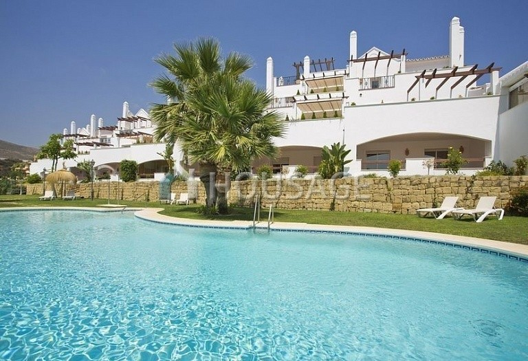 Flat for sale in Nueva Andalucia, Marbella, Spain, 173 m² - photo 1