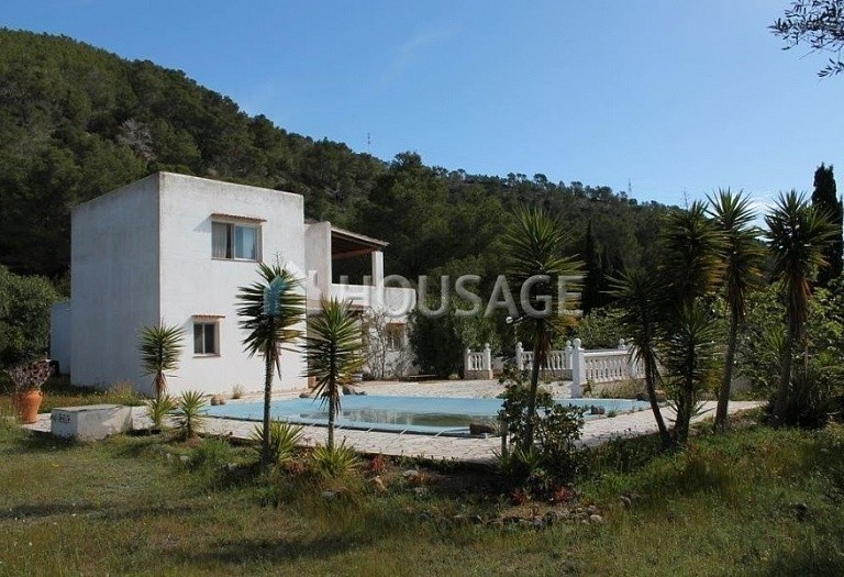 3 bed a house for sale in Eivissa, Ibiza, Spain, 130 m² - photo 1