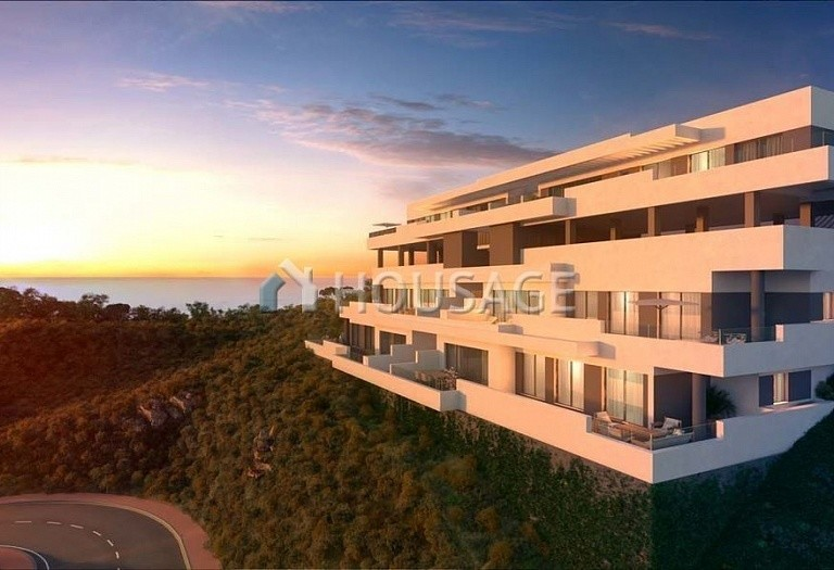 3 bed flat for sale in Mijas, Spain, 160 m² - photo 2